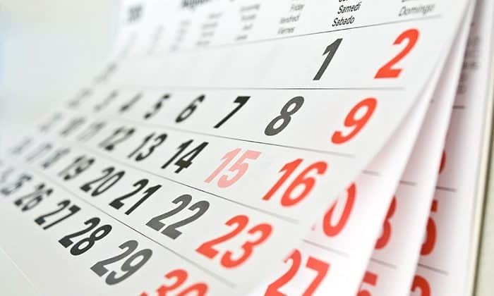 Почему в феврале 28 дней а не 30 википедия