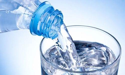 Обильное питье содействует вымыванию из уринозного пузыря продуктов воспаления