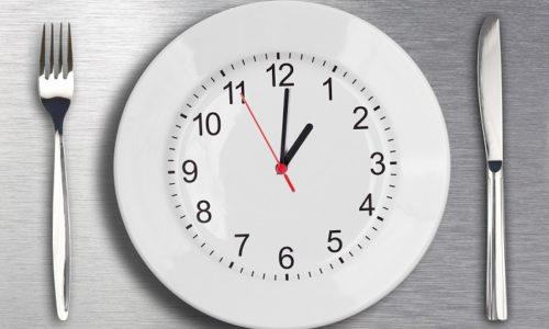 Прежде всего, строгая диета призывает больных питаться через каждые 4 часа