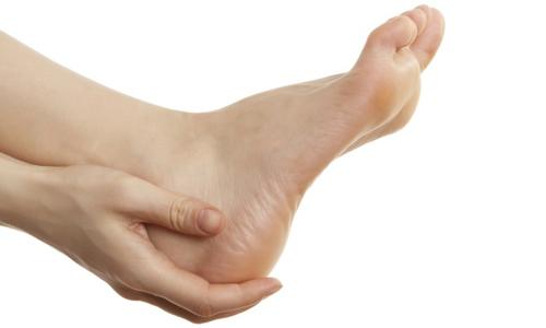 Если врост на ноге проявился из-за наличия в организме иных заболеваний, тогда инфекция может быстро распространиться на мягкие ткани, кости, постепенно поражая всю стопу