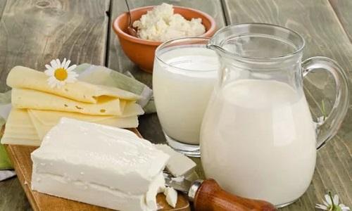 Целесообразно придерживаться диеты, которая должна включать в себя продукты, богатые лизином и аргинином