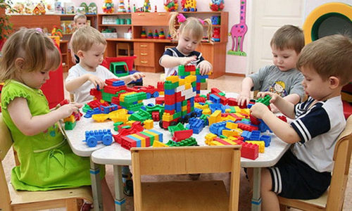 Детки могут подхватить герпес в детском саду или яслях