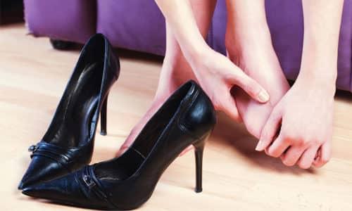 Усталость ног после подвижной работы один из симптомов плоскостопия