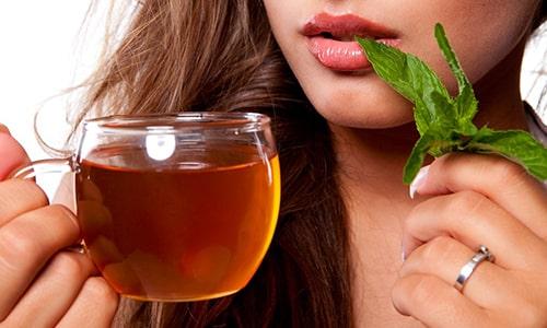 Для того чтобы приготовить антибактериальный чай против грибка правильно, необходимо придерживаться специальной рецептуры, последовательности