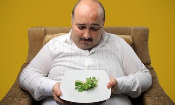 При лечении уретрита нужно придерживаться назначенной врачом диеты