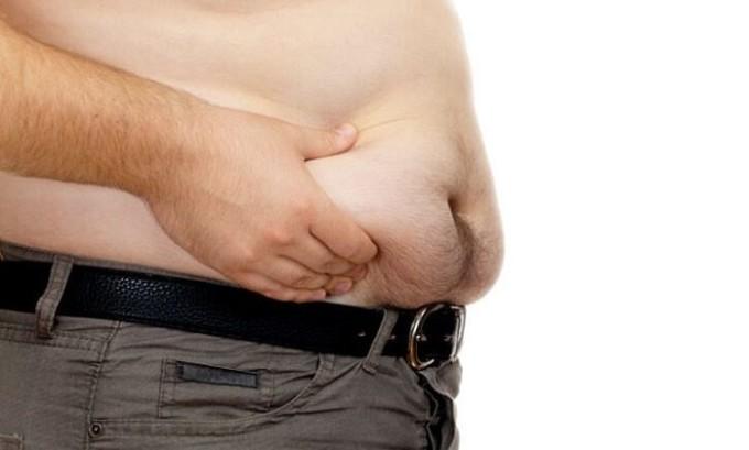 Патология развивается из-за наличия лишнего веса