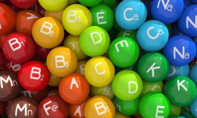 При варикозе обязательно принимать витаминные комплексы