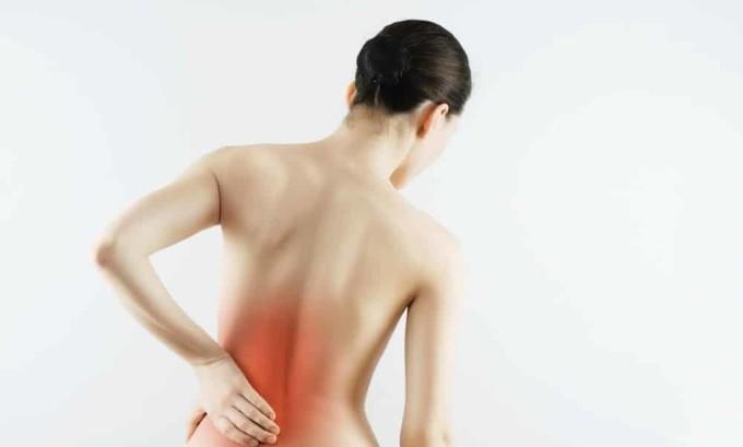 Распространение боли к пояснице один из признаков плоскостопии