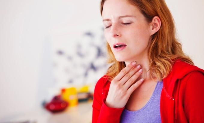 Инфекционный мононуклеоз — острое вирусное заболевание, характеризующееся повышением температуры тела, болью в горле и увеличением лимфатических узлов