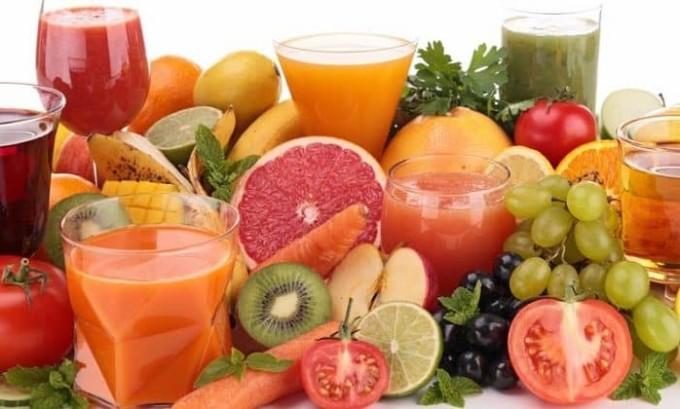 Благотворно на организм при цистите влияют соки