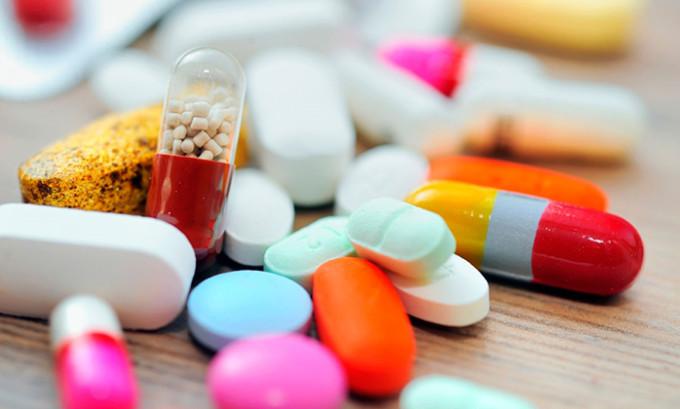 Если есть бактериальные осложнения, в борьбе с недугом применяют антибиотики