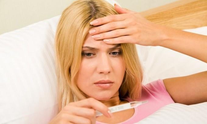 Острая форма недуга сопровождается повышением температуры тела
