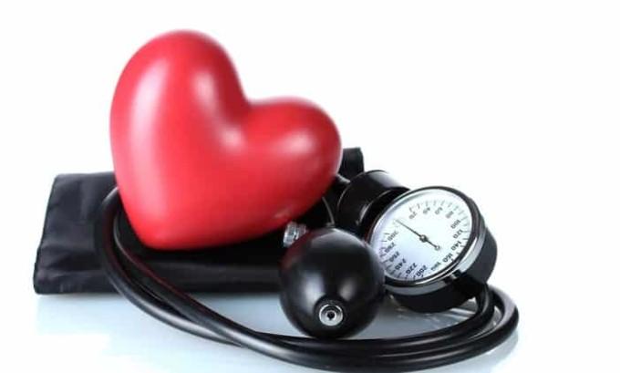 Сбои в работе сердца могут указывать на нарушение работы щитовидной железы