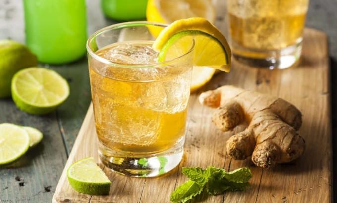 При панкреатите необходимо полностью исключить из рациона газированные напитки и лимонады