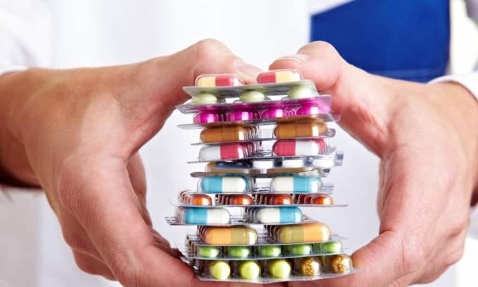 Если цистит причиняет женщине дискомфорт, могут быть назначены антибактериальные препараты