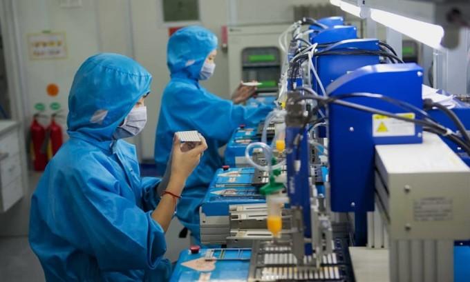 Работа на вредном производстве является причиной возникновения эутиреоза щитовидной железы