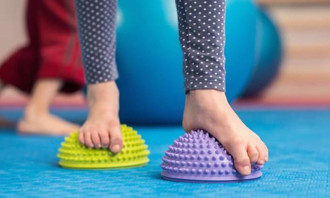 Ежедневной выполнение гимнастики позволит наладить кровоток, тонус мышечной ткани, расположение костей