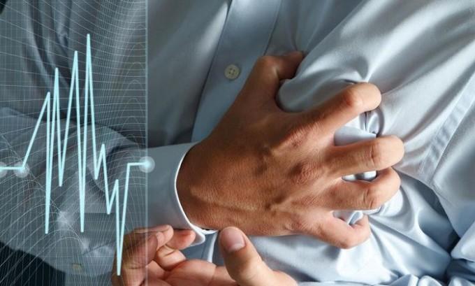 Тромбофлебит может развиться из-за наличия заболевания сердечной и сосудистой систем
