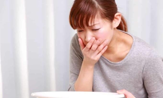 Обострение панкреатита вызывает тошноту и рвоту
