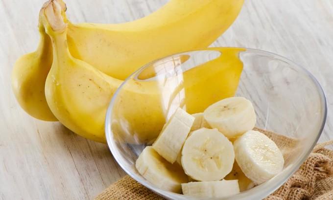 Бананы содержат тирозин, который полезен при гипотиреозе