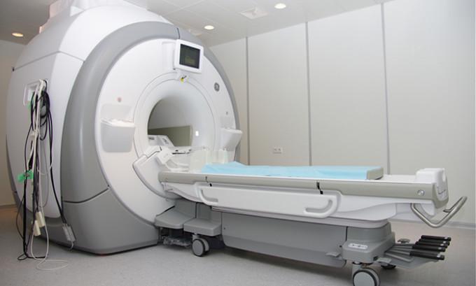 МРТ при гемангиоме выявляет участок, в котором наблюдается высокая интенсивность сигнала
