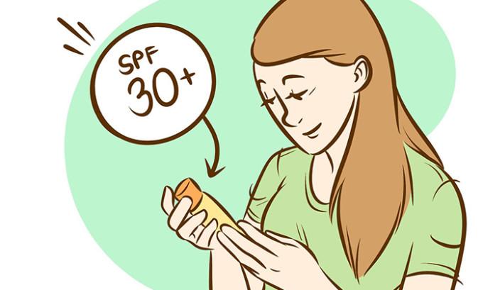 Ваш крем должен обладать защитными факторами и содержать целый ряд компонентов, направленных на борьбу с агрессивными проявлениями внешней среды. В их числе UV-фильтры, система SPF-защиты от вредных солнечных лучей