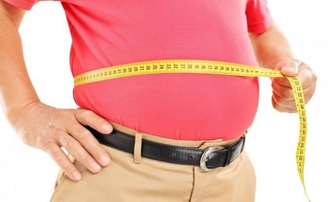 Резкий набор веса является одной из причин изменения кожного покрова