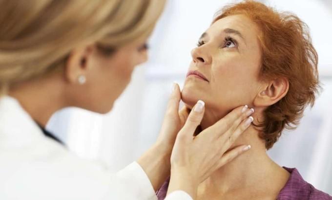 Увеличение шейных лимфатических узлов может сигнализировать о развитии рака щитовидной железы