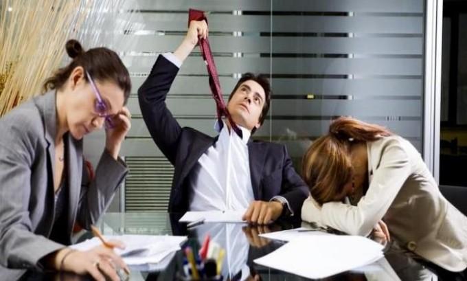 В большинстве случаев пьянство обусловлено проблемами на работе