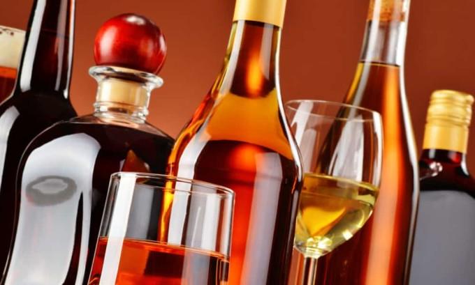 Употребление алкоголя при заболеваниях поджелудочной железы категорически запрещено