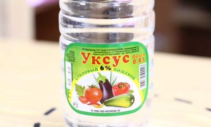 Эффективность лимонной кислоты против онихомикоза достаточно высока, особенно если применять ее вместе с уксусом, который также обладает антисептическим и фунгицидным свойством