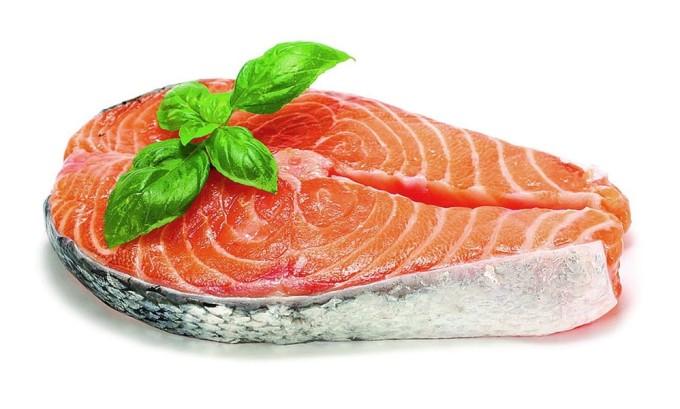 Рыба содержит витамин А, который полезен для щитовидной железы