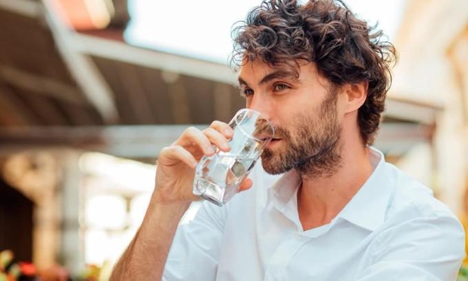 Питьевой режим не менее важен, чем прием лекарственных средств