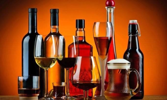 Злоупотребление алкоголем может стать причиной развития панкреатита