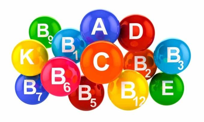 Спровоцировать панкреонекроз может избыток в организме таких витаминов, как А и Е