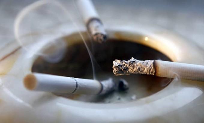 Курение не дает организму полноценно работать, а щитовидке - особенно