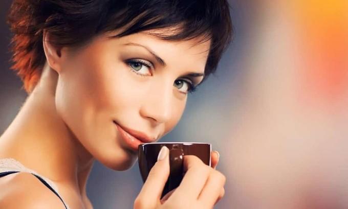 Цикорий при панкреатите оказывает благоприятное воздействие, если его пить каждый день за 15 минут до приема пищи