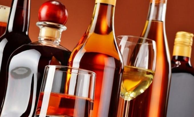 Придется забыть о вредной привычке, которая подразумевает злоупотребление алкогольными напитками