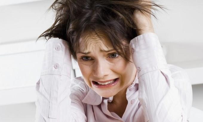 Частые стрессы провоцируют развитие недуга