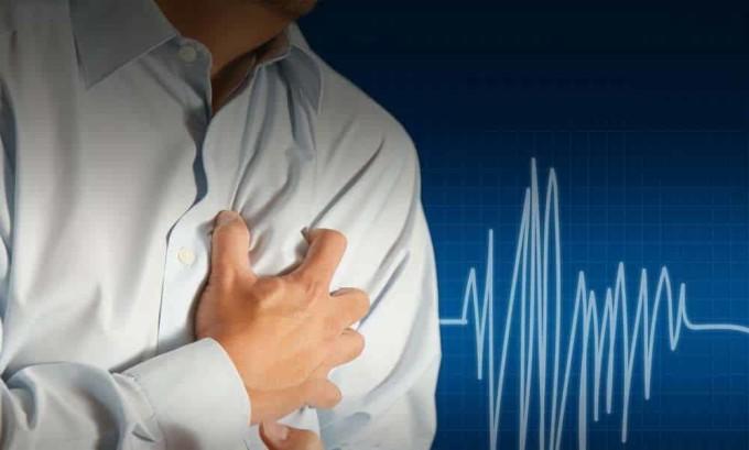 Пациенты, которые страдают средней формой тиреотоксикоза, жалуются на тахикардию