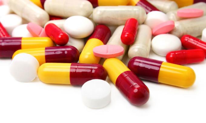 Опасность формирования тромбозов сосудов при приеме гормональных препаратов особенно повышается вследствие гипертонии