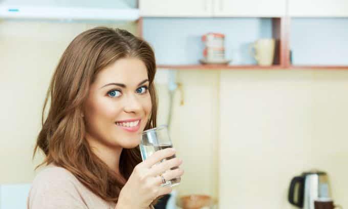 Обильное питье— важное условие для нормального процесса отведения желчи и своевременного прочищения желчных и панкреатических протоков