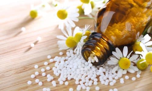 Гомеопатические препараты практически безвредны, они не вызывают аллергических реакций, их спокойно можно давать детям и принимать во время беременности, а эффективность этих средств ничуть не меньше медикаментозных