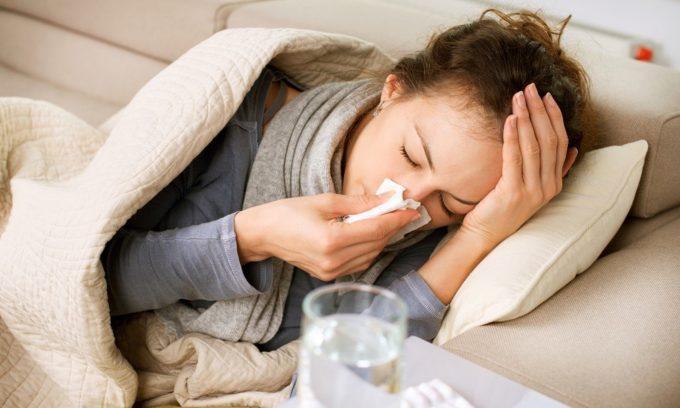 При наличии в организме вируса опоясывающего лишая за несколько дней до начала болезни может возникнуть состояние, напоминающее грипп