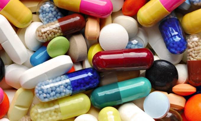 Нередко выявляются различные нарушения, при приеме медикаментов, что негативно влияет на гормональный фон человека