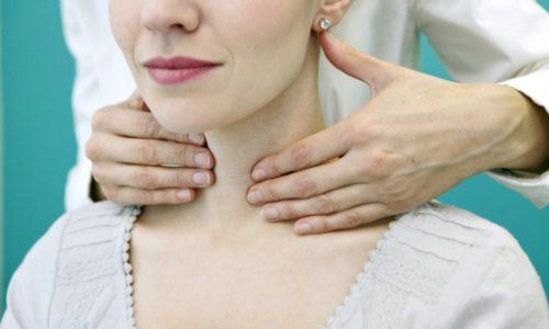 Токсическая аденома щитовидной железы хорошо прощупывается при пальпации