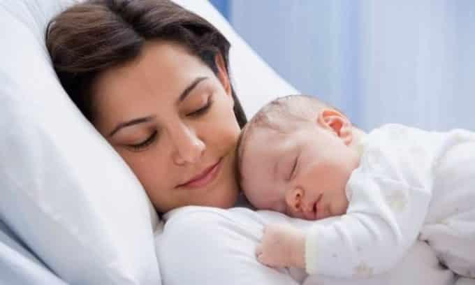 Еще один вариант - это послеродовое течение болезни. Причина развития цистита на этом этапе заключается в том, что после родов у женщины могут быть микротрещины и различные травмы