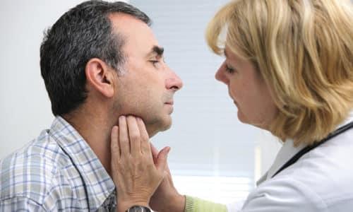 У мужчин физиологически вырабатывается гормона больше, чем у женщин