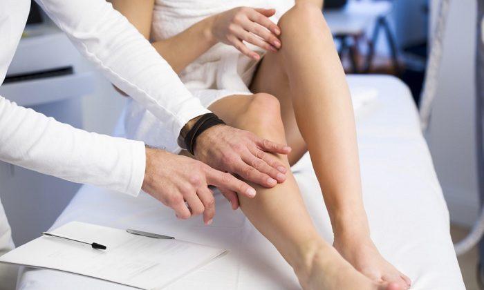 Противопоказания при варикозе на ногах: массаж, авиаперелеты ...