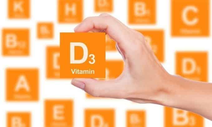 Недостаток витамина «Д» приводит к развитию рахита, что провоцирует появление плоскостопия